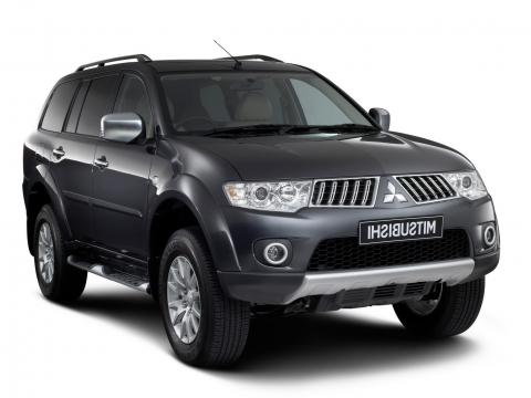 Mitsubishi Pajero 7 places Diesel avec clim